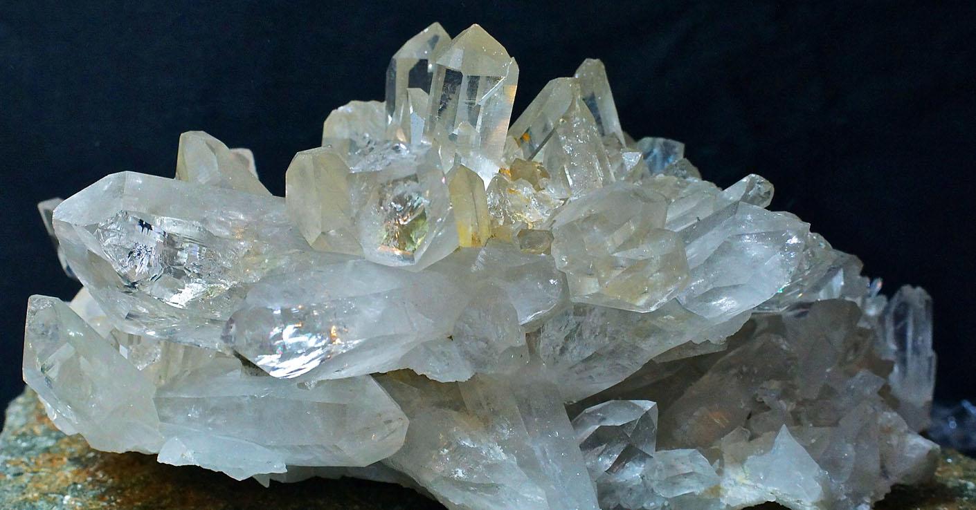 камни по знаком зодиака водолей